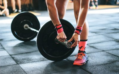 SIX REASONS WHY WOMEN SHOULD USE WEIGHTS